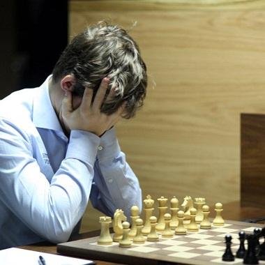 Carlsen-Candidates-Rd14